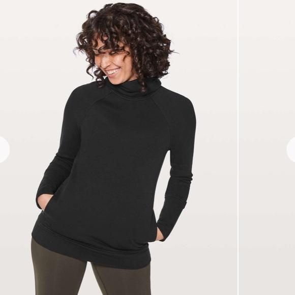Lululemon pullover sweatshirt LIKE NEW